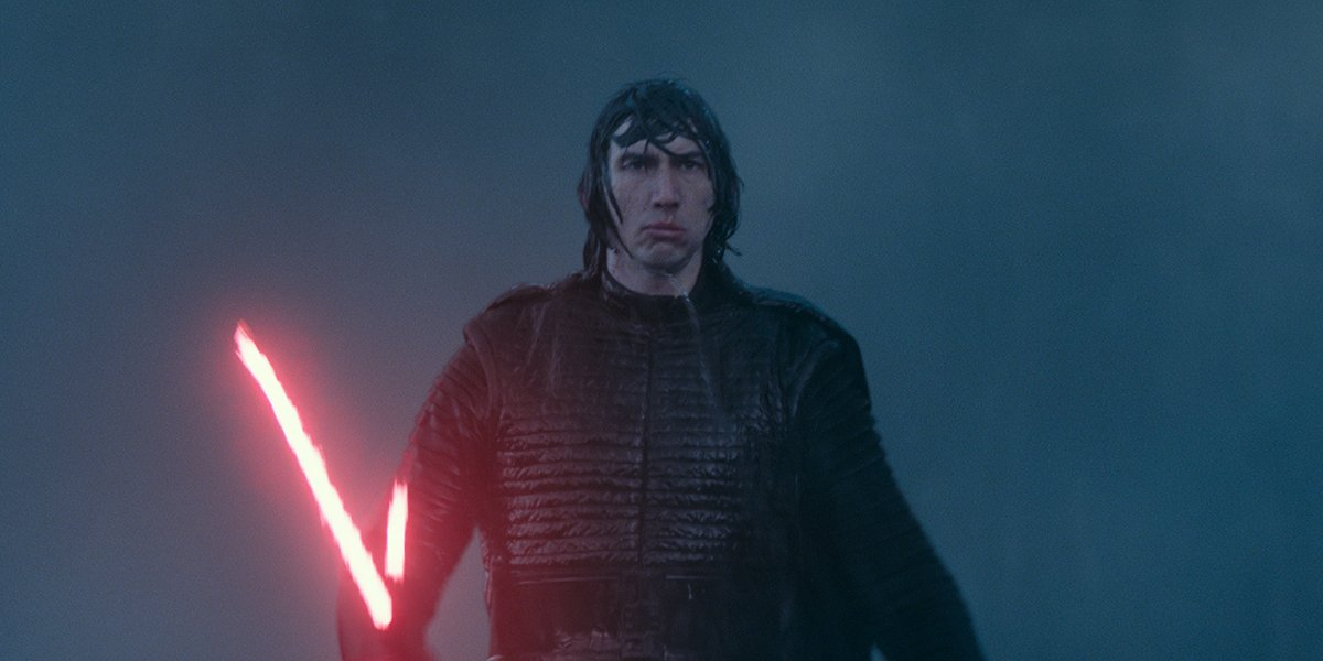 Kylo Ren marching towards Rey