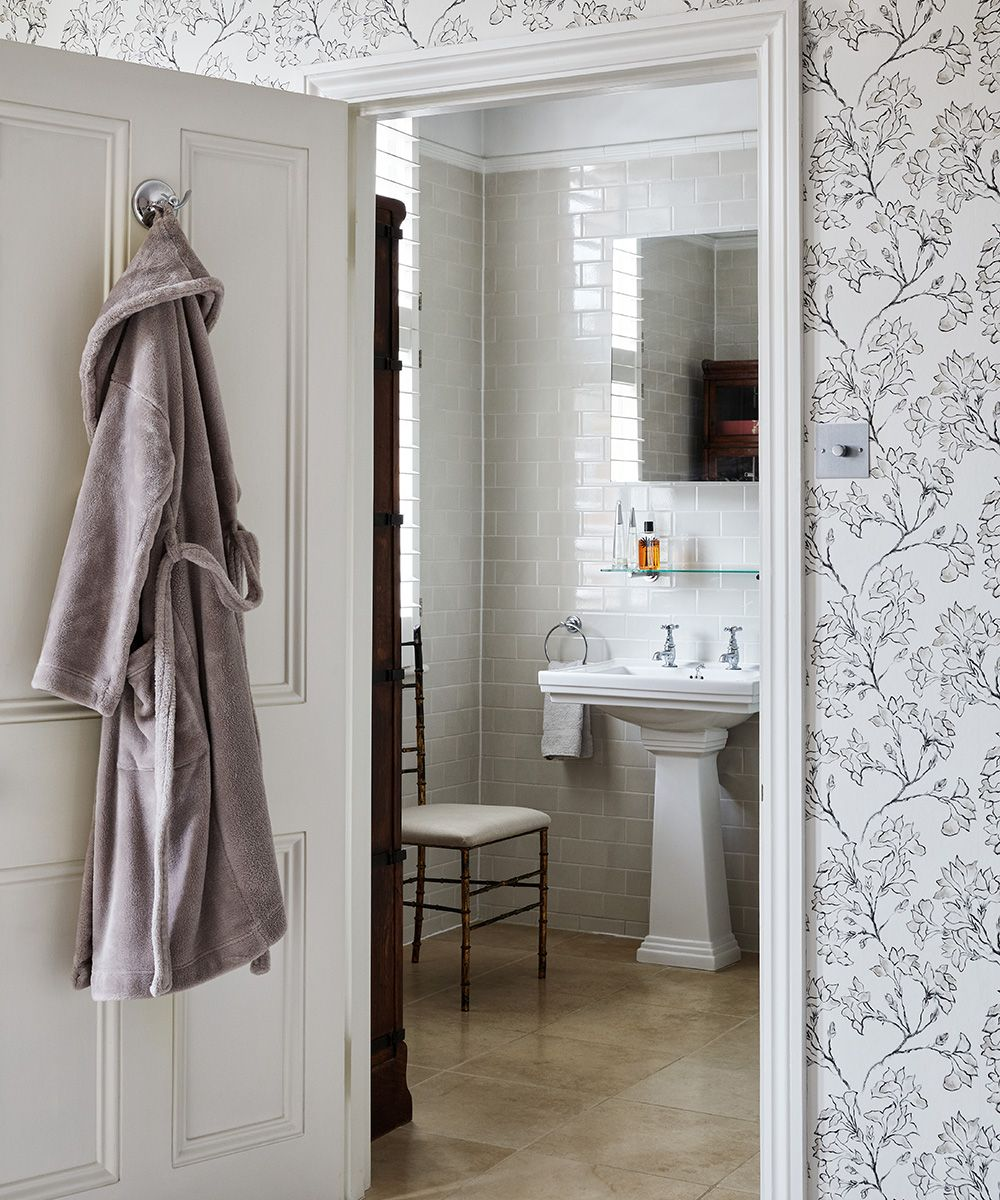 5 ways to make your bathroom feel more expensive
