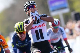 Coryn Rivera wins the 2017 Tour of Flanders