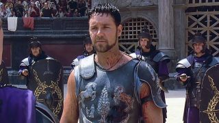 Maximus (Russell Crowe) stares ahead in Gladiator (2000)