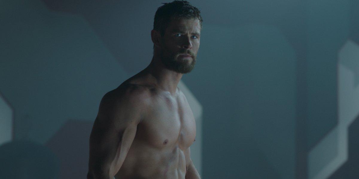 Hulk Hogan Responds To Viral Image Of Chris Hemsworth's Thor Arms Ahead Of Filming Biopic