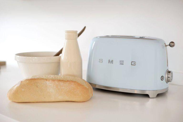 Smeg kitchen toaster