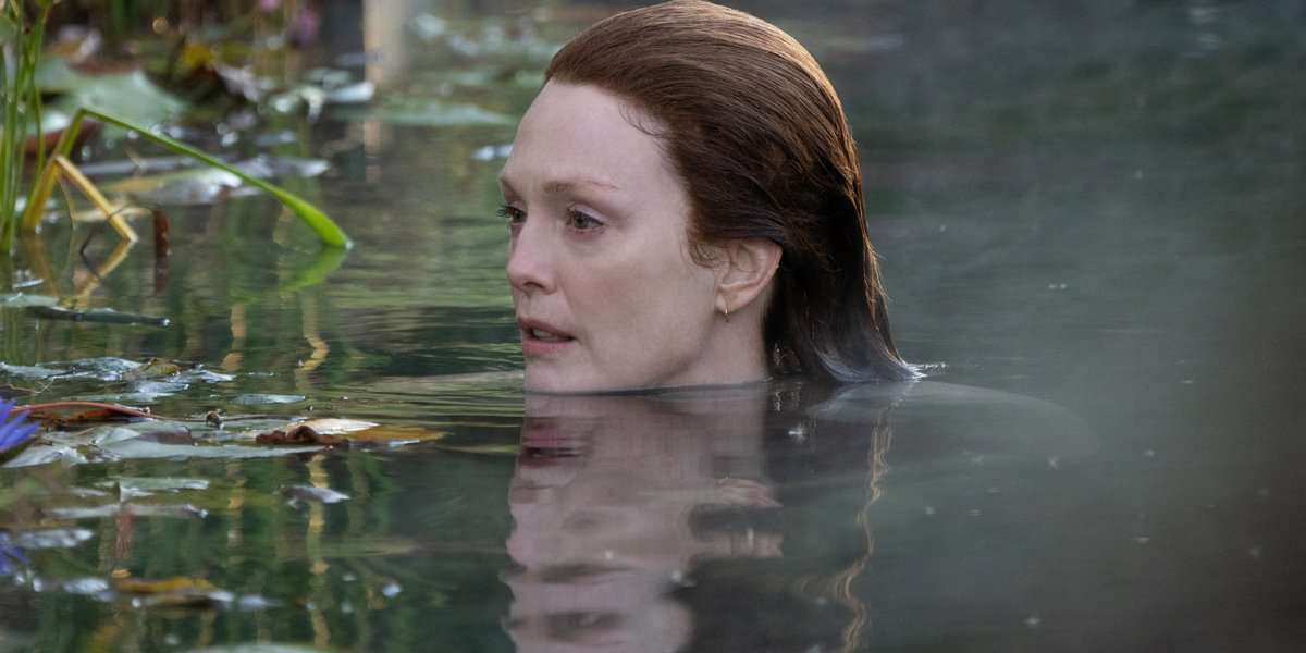 Julianne Moore as Lisey swimming in Lisey's Story