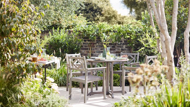 expert advice for designing a small garden: outdoor seating