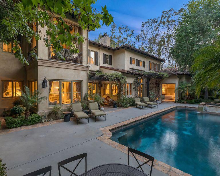 Britney Spears' former mansion