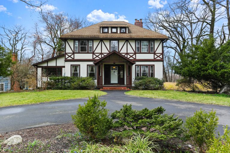 dream homes: Tudor home in CT
