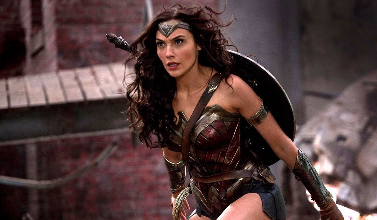 Wonder Woman getting ready to fight.