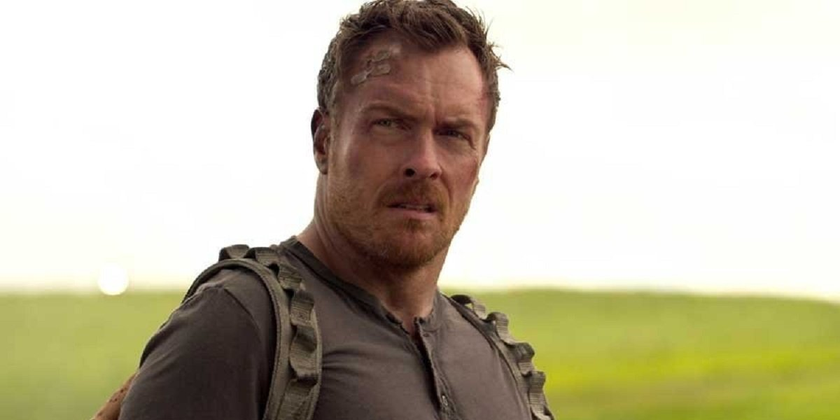lost in space toby stephens