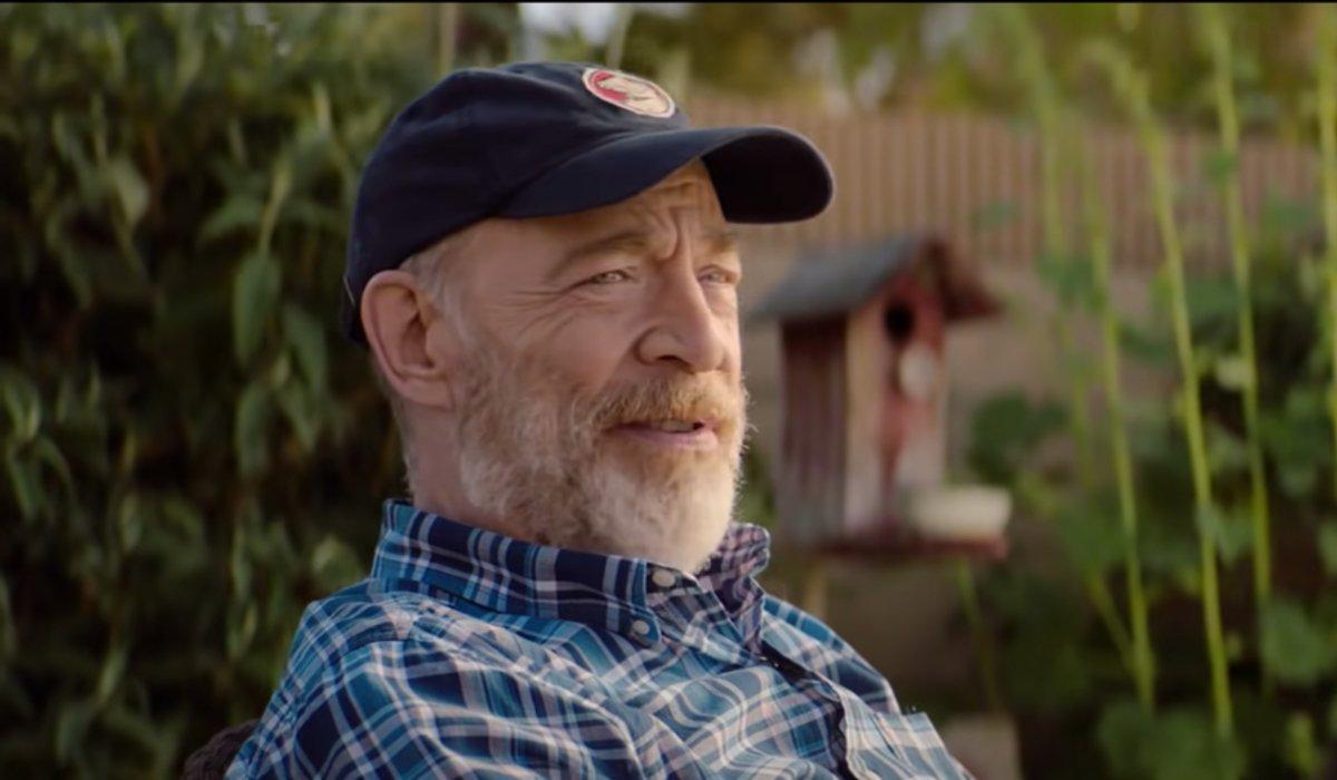 Palm Springs Roy talking in his backyard