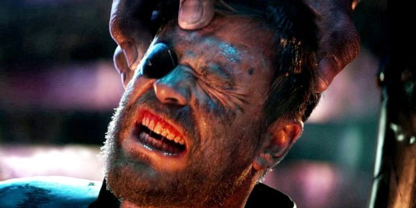 Infinity war thor gets his head crushed by thanos