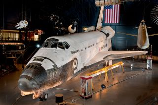 Space Shuttle Discovery at Udvar-Hazy Center
