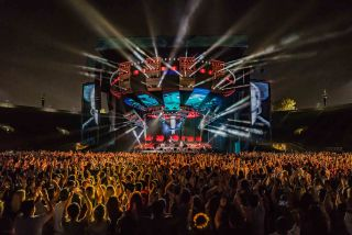 Ed Sheeran Tour Uses Meyer Sound LEO Family