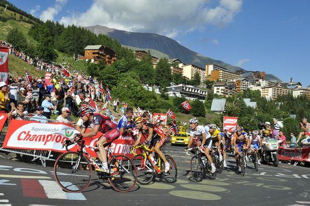 Yellow jersey group, Alpe d'Huez