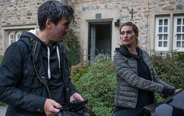 Cain asks Debbie Dingle to come back to work at the garage.