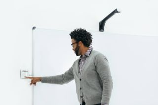 Kaptivo to Offer Free Whiteboard Camera to Airports