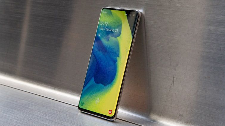The Samsung Galaxy S10's Price Has Dropped $225 Already