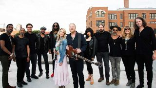 Premiere: Tedeschi Trucks Band launch Stonesy second song from upcoming album Signs