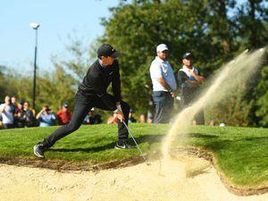 Golf bunker rules