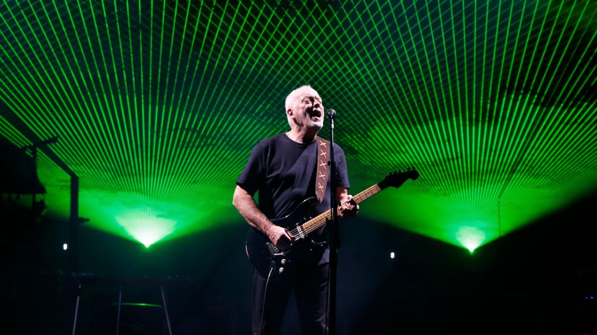 Listen to David Gilmour play bass solo on original Yet Another Movie demo