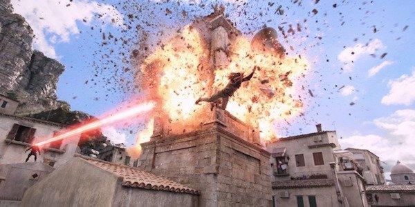 Aquaman dodges laser 2018 movie