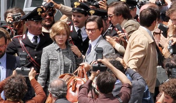 All The Money In The World Michelle Williams Mark Wahlberg field the press
