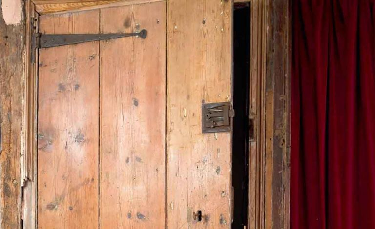 TODO alt text & How to strip paint from a wood door | Real Homes