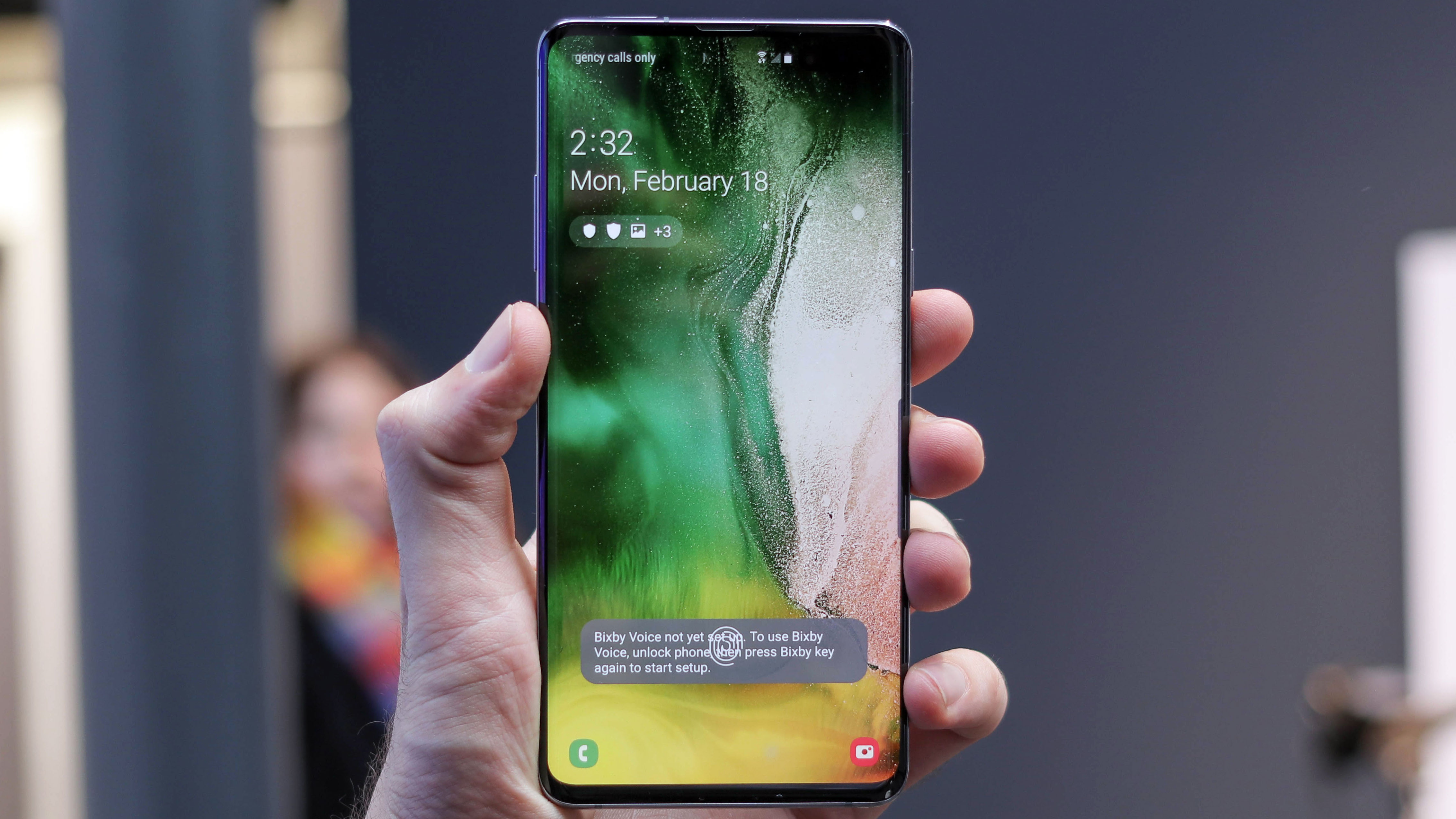 Xiaomi Mi 9 and Samsung S10 5G will make you want to use wireless