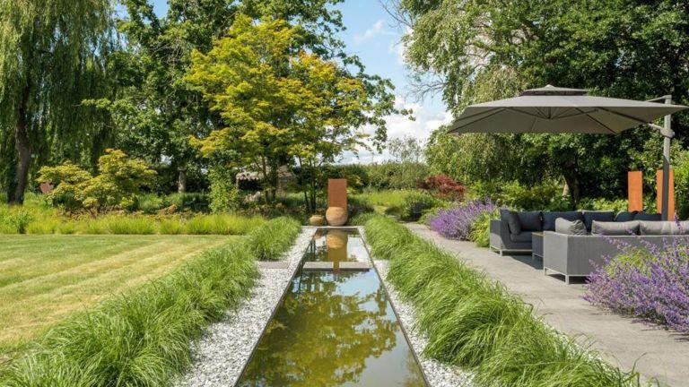 Aldingbourne garden