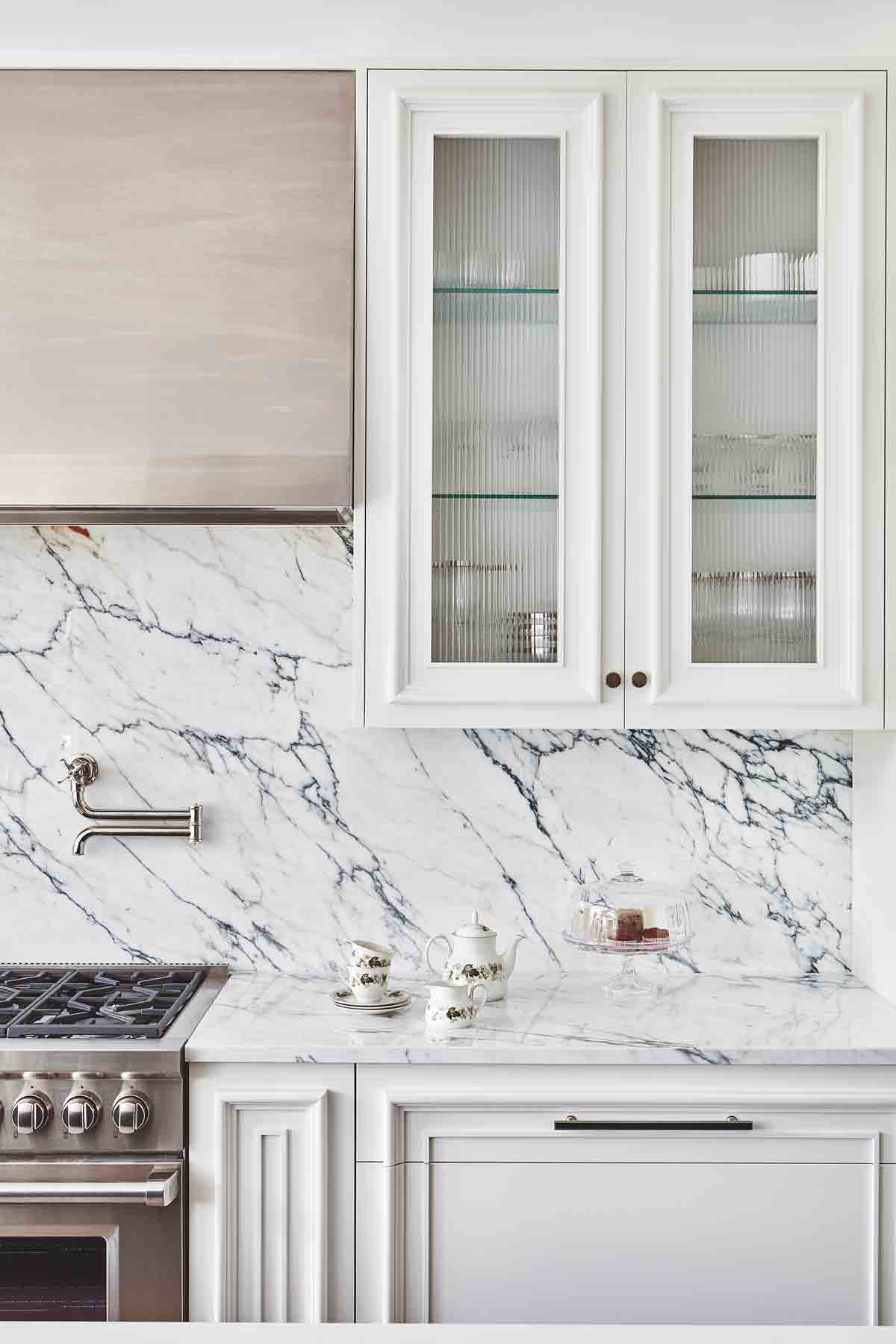 Breaking The Latest Kitchen Design Trends For 2019