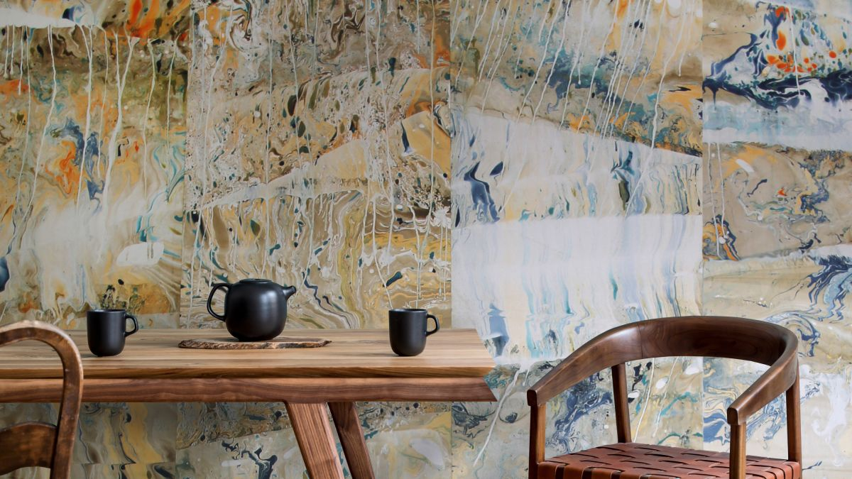 Designer NAT MAKS brings the art of Suminagashi to wallpaper design