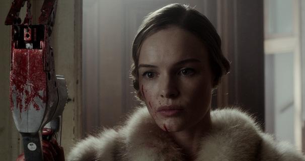 Unconscious Kate Bosworth.jpg