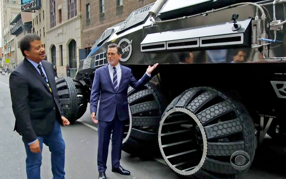 Watch Nerd Dream-Team Stephen Colbert and Neil deGrasse Tyson Drive a Mars Rover in NYC!