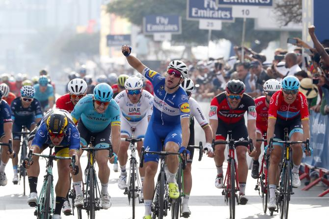 Elia Viviani wins stage 2 of the Dubai Tour