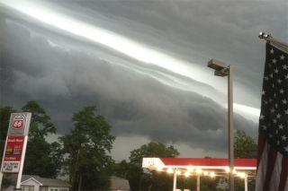 Derecho clouds show windstorm near Indiana.