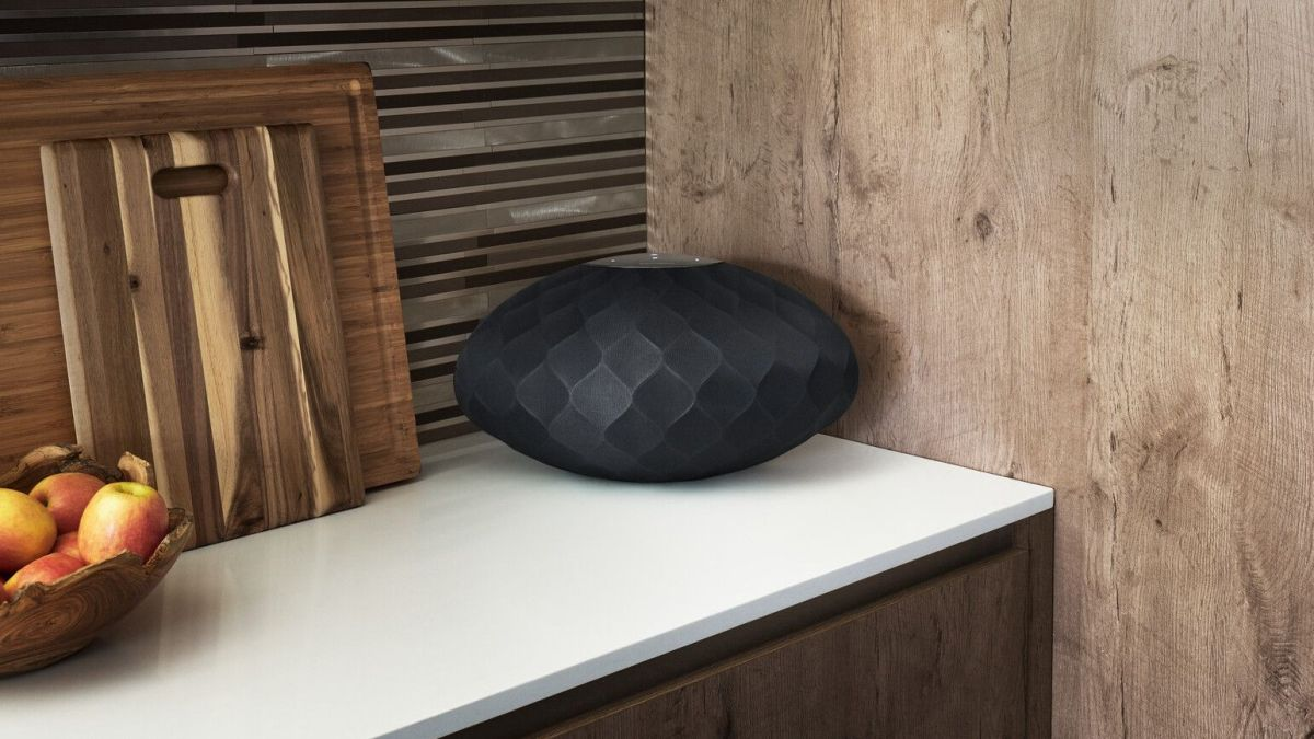 The B&W Formation Flex wireless speaker promises incredible