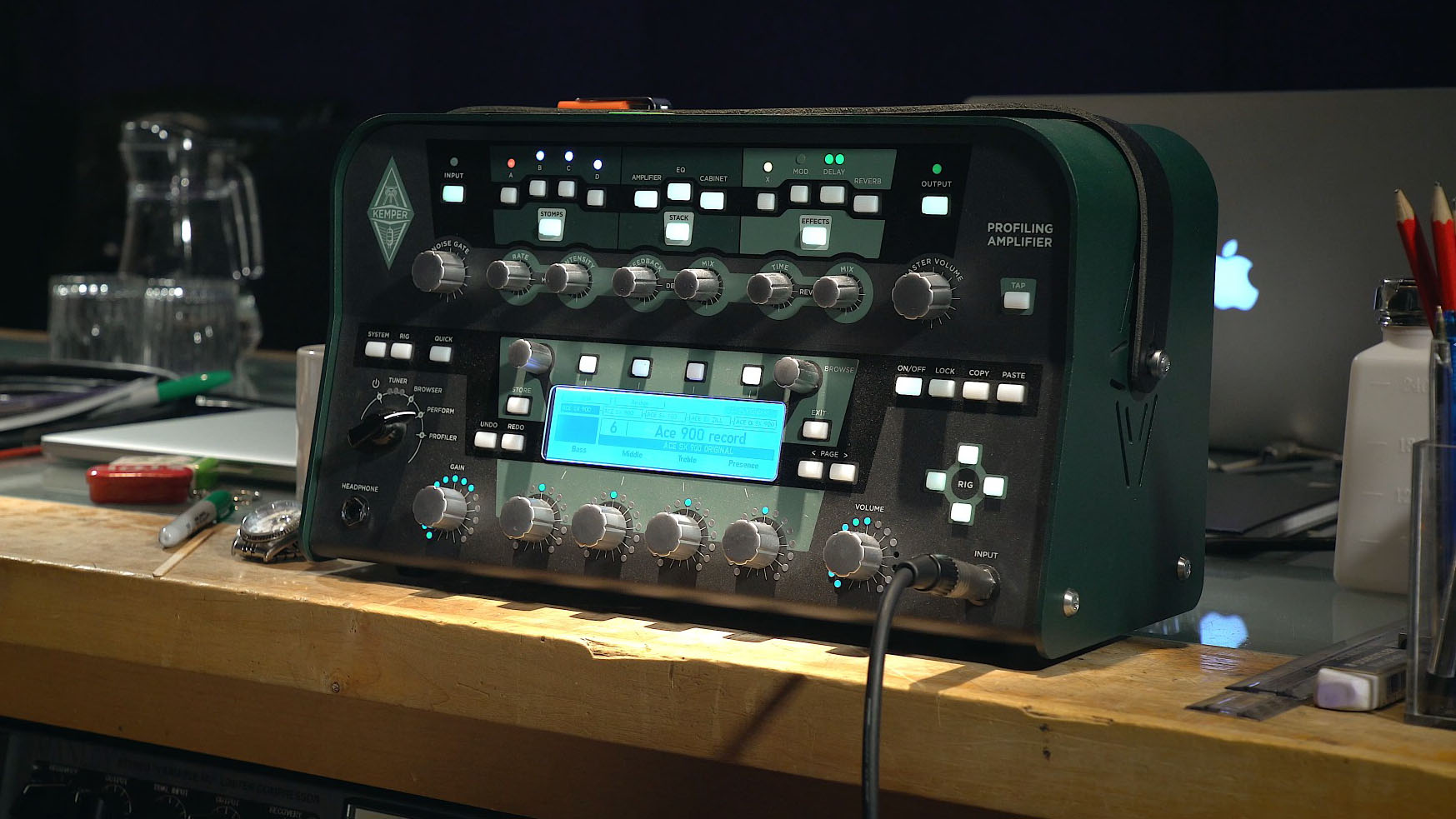Hear the difference between a Kemper profile and a real amp on a
