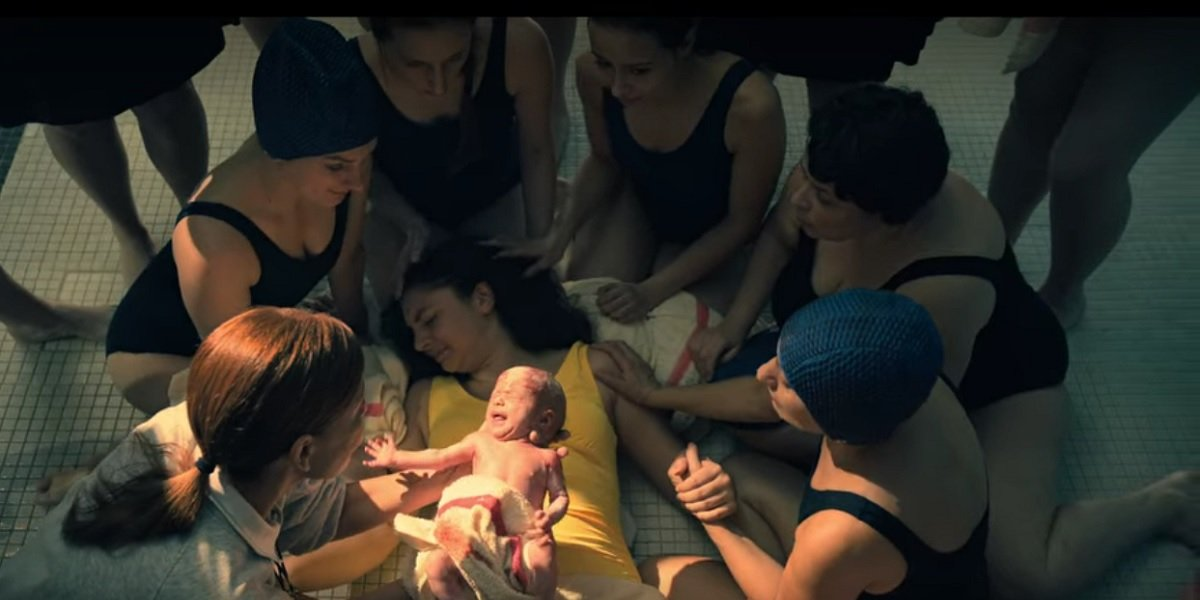 Birthing scene in Umbrella Academy