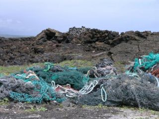 hawaii-marine-debris-110601