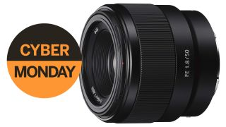 Sony lens deals under £200 on Cyber Monday