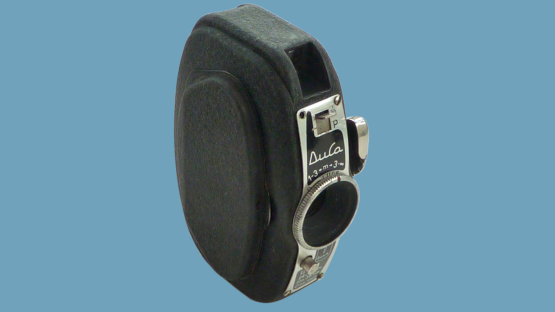 The front of the Durst Duca camera on a blue background