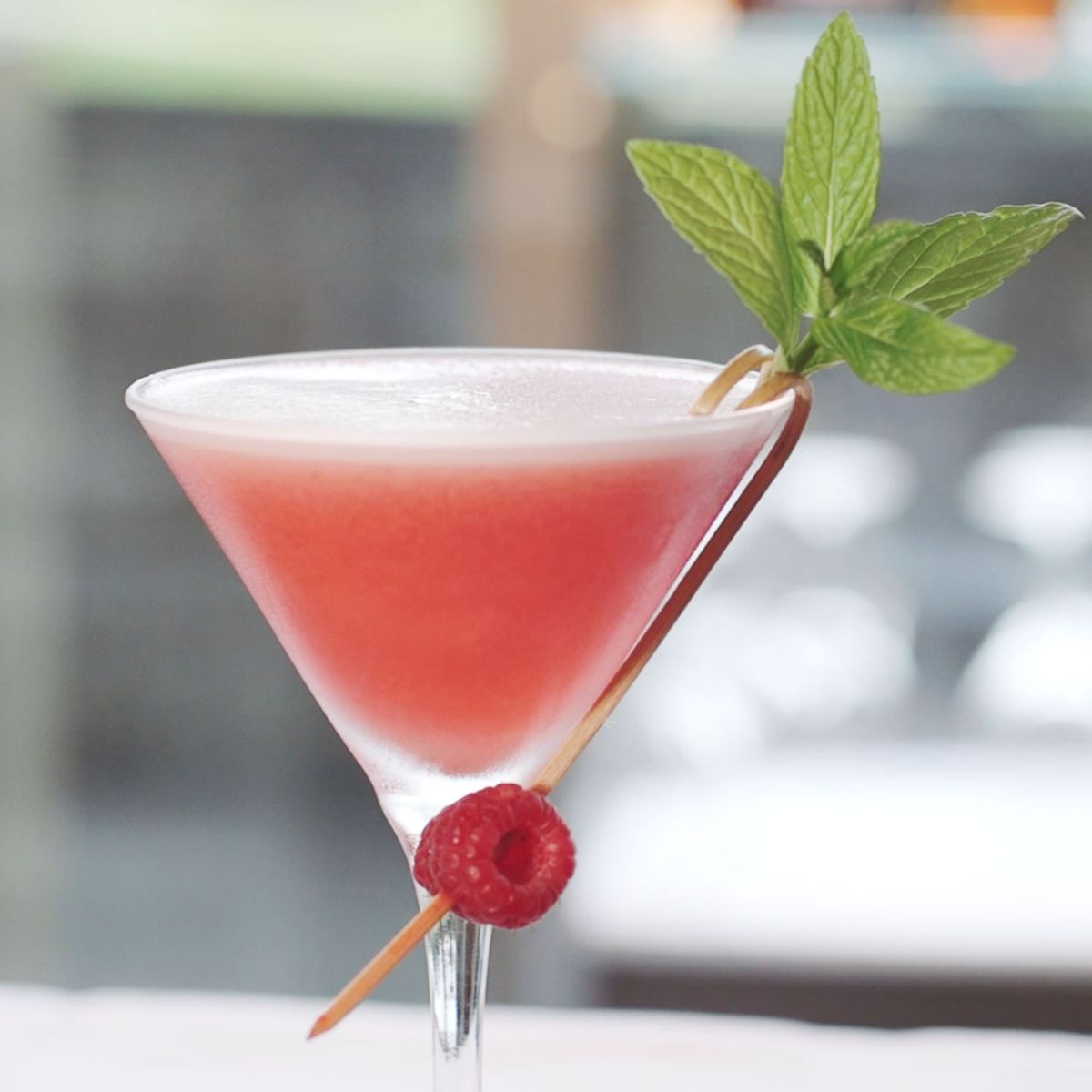 Toast the weekend with these 10 delicious classic cocktails