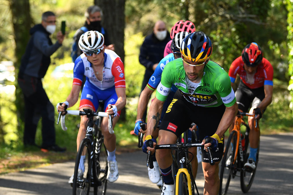 ARRATE EIBAR SPAIN APRIL 10 Primoz Roglic of Slovenia and Team Jumbo Visma Green Points Jersey David Gaudu of France and Team Groupama FDJ during the 60th ItzuliaVuelta Ciclista Pais Vasco 2021 Stage 6 a 1119km stage from Ondarroa to Arrate Eibar 535m Breakaway itzulia ehitzulia on April 10 2021 in Arrate Eibar Spain Photo by David RamosGetty Images