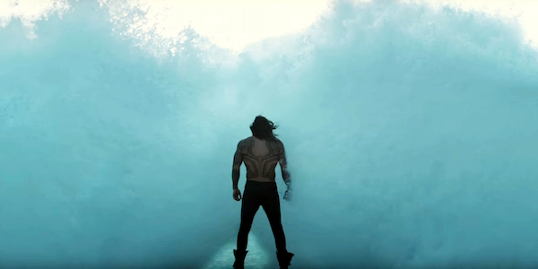 Aquaman meeting a wave in Justice League