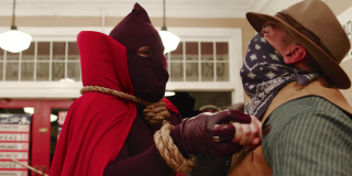 hbo watchmen hooded justice stabbing robber