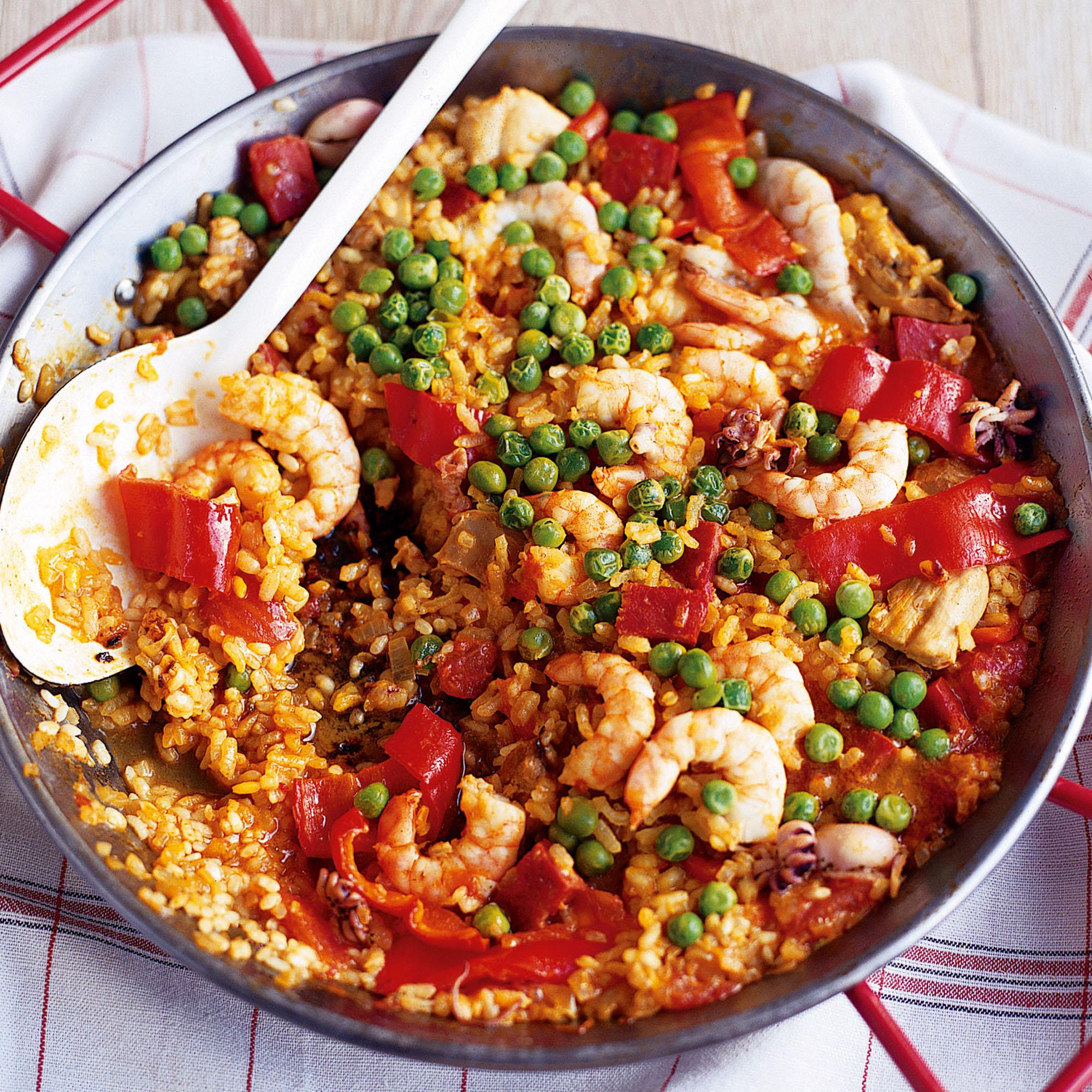 Chicken chorizo and squid paella forumfinder Choice Image