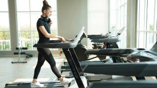 Is treadmill running easier: image of woman on treadmill