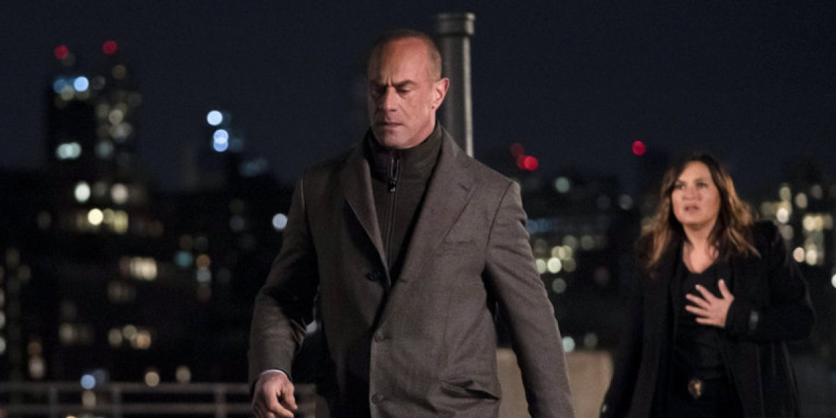 stabler walking away from benson on a rooftop on law & order: organized crime