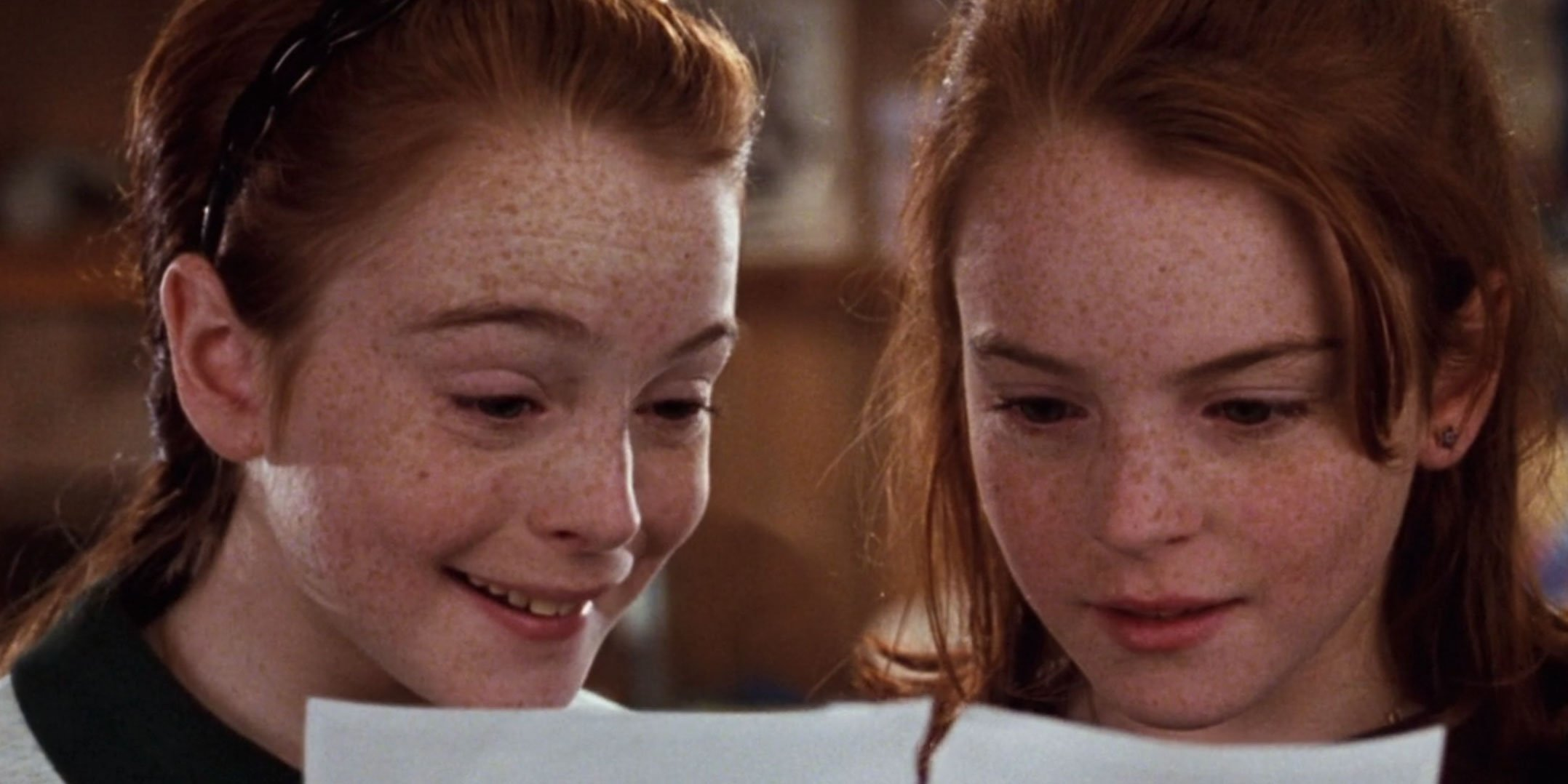 Annie and Hallie realizing they're twins.