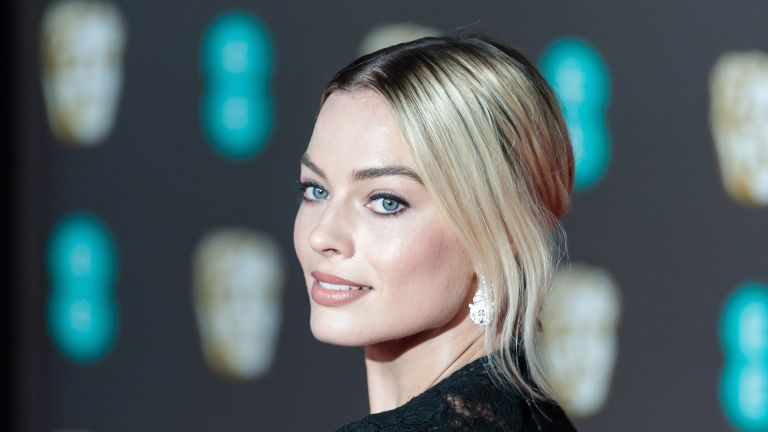 Margot Robbie attends the EE British Academy Film Awards ceremony at the Royal Albert Hall on 02 February, 2020 in London, England. (Photo by WIktor Szymanowicz/NurPhoto via Getty Images)