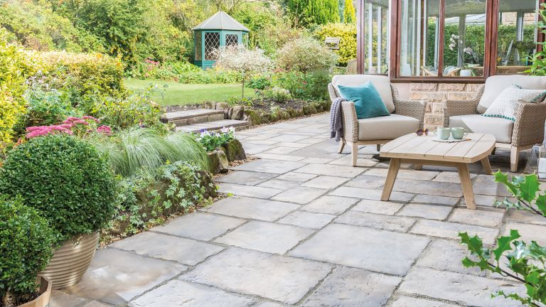 eco landscaping ideas: eco paving from bradstone